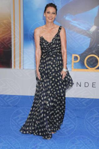 Connie Nielsen - Los Angeles - 25-05-2017 - Gal Gadot incontra Lynda Carter, la prima Wonder Woman