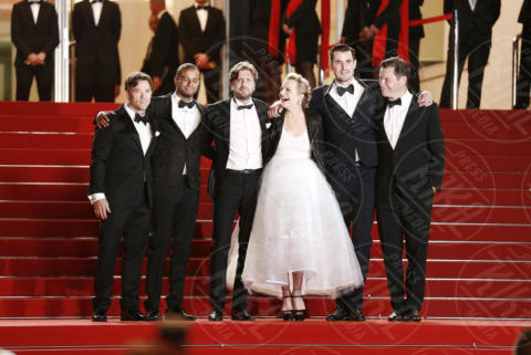 Terry Notary, Claes Bang, Ruben Ostlund, Dominic West, Elisabeth Moss - Cannes - 20-05-2017 - Cannes 2017: Palma d'Oro a The Square di Ruben Östlund