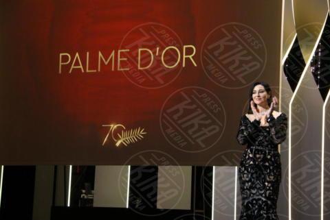 Monica Bellucci - Cannes - 28-05-2017 - Monica Bellucci e il toccante discorso sulle donne