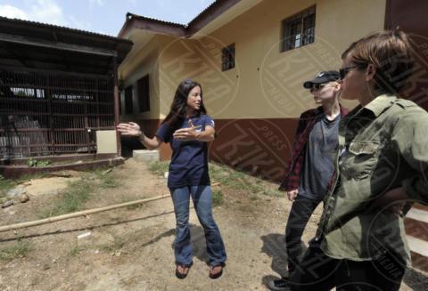 Rooney Mara, Kate Mara - Monrovia - 06-03-2016 - Le sorelle Mara animaliste: viaggio in Liberia per 60 scimpanzé