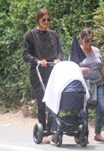 Irina Shayk - Los Angeles - 02-06-2017 - Irina Shayk: che bella la vita da mamma!