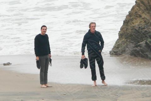 Hugh Laurie - Malibu - 05-06-2017 - Hugh Laurie, il Dottor House è rimasto con le scarpe in mano