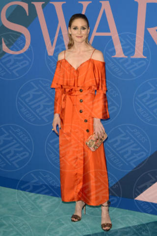 Olivia Palermo - New York - 06-06-2017 - CFDA Awards 2017: ecco chi è la Bella in rosa sul blue carpet...