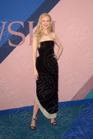 Nicole Kidman - New York - 06-06-2017 - CFDA Awards 2017: ecco chi è la Bella in rosa sul blue carpet...