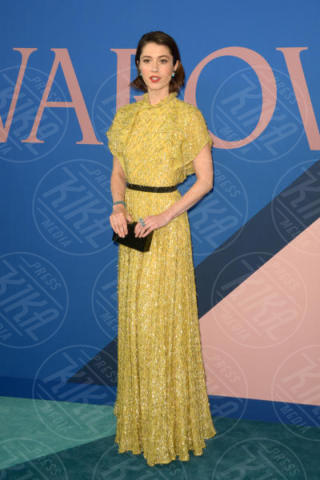 Mary Elizabeth Winstead - New York - 06-06-2017 - CFDA Awards 2017: ecco chi è la Bella in rosa sul blue carpet...