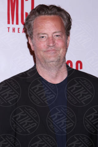 Matthew Perry - New York - 06-06-2017 - Paura per Matthew Perry: l'ex star di Friends è in ospedale