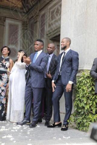 Seydou Keita, Eric Abidal, Samuel Eto'o - Barcellona - 09-06-2017 - Fiori d'arancio nel mondo del calcio: il sì di Valdes e Yolanda