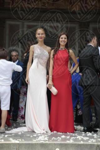 Núria Cunillera, Vanesa Lorenzo - Barcellona - 09-06-2017 - Fiori d'arancio nel mondo del calcio: il sì di Valdes e Yolanda