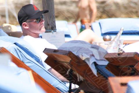 Wayne Rooney - Mykonos - 09-06-2017 - Wayne Rooney, dove guardi? Colleen non basta più?