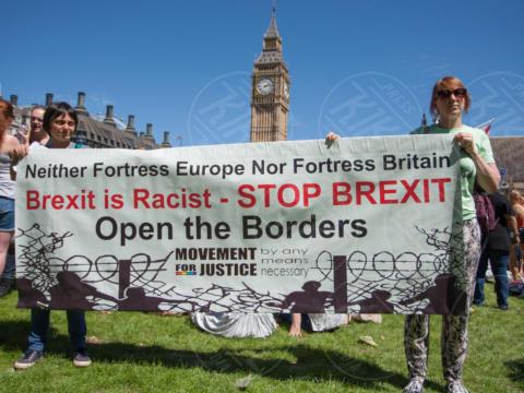 Protesta contro Theresa May - Londra - 10-06-2017 - Voto Gb: protesta pacifica davanti al Parlamento di Londra