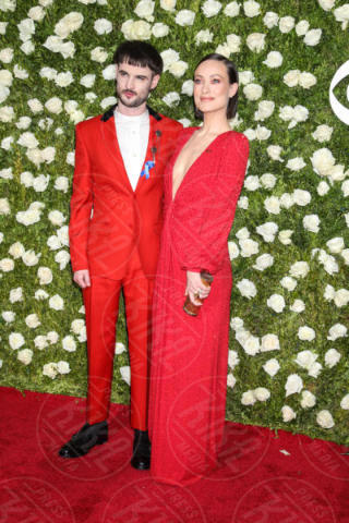 Tom Sturridge, Olivia Wilde - New York - 11-06-2017 - Scarlett Johansson & Co.: i Tony Awards sembrano gli Oscar