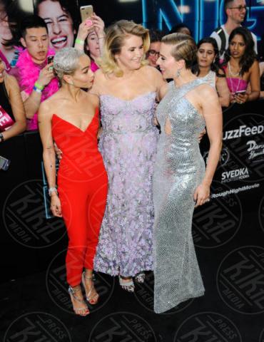 Jillian Bell, Zoe Kravitz, Scarlett Johansson - New York - 13-06-2017 - Scarlett e Demi: chi la più bella alla prima di Rough Night?