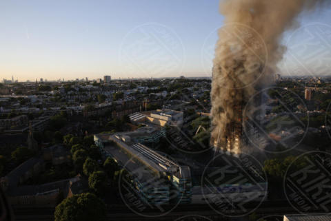 Grenfell Tower - 01-01-2000 - Londra, Grenfell Tower: inferno nel grattacielo di Latimer Road