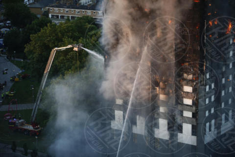 Grenfell Tower - 14-06-2017 - Londra, Grenfell Tower: inferno nel grattacielo di Latimer Road