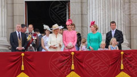 Regina Elisabetta II, Kate Middleton, Camilla Parker Bowles - Londra - 17-06-2017 - Trooping The Colour: la festa blindata per la Regina Elisabetta