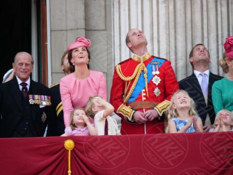 Principessa Charlotte Elizabeth Diana, Principe George, Regina Elisabetta II, Principe William, Kate Middleton, Principe Filippo Duca di Edimburgo - Londra - 17-06-2017 - Principino George: le sette foto che lo hanno resto una star