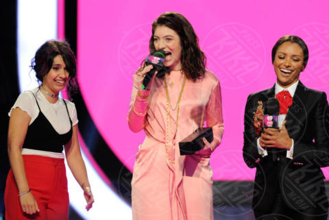 Lorde - Toronto - 19-06-2017 - iHeart Much Music Video Awards: che curve, Iggy Azalea!