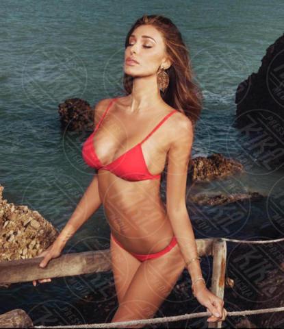 Belen Rodriguez - Los Angeles - 24-05-2017 - A fascia, con volant o cutout: scegli il bikini dell'estate!