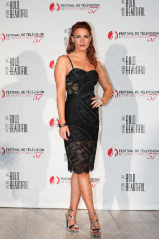 Courtney Hope - Monte-Carlo - 18-06-2017 - Federica Torti: signora in rosso ai 30 anni di Beautiful