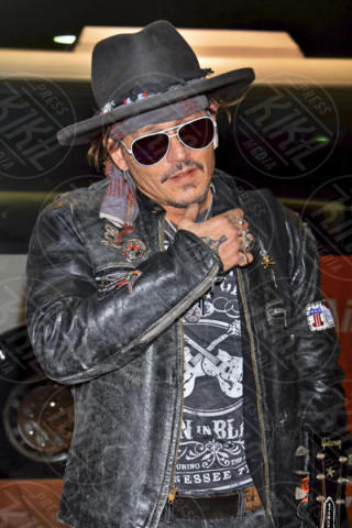 Johnny Depp - Tokyo - 19-06-2017 - Johnny Depp, altro che Hollywood: in Giappone è una rock star!