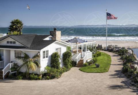 Mila Kunis, Ashton Kutcher - 20-06-2017 - Mila Kunis e Ashton Kutcher: dentro il paradiso di Santa Barbara
