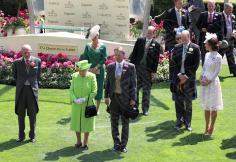 Duke of Edinburgh, Prince Philip, Catherine, Regina Elisabetta II, Principe William, Kate Middleton - Ascot - 20-06-2017 - Royal Ascot 2017: Kate Middleton, look che vince non si cambia!