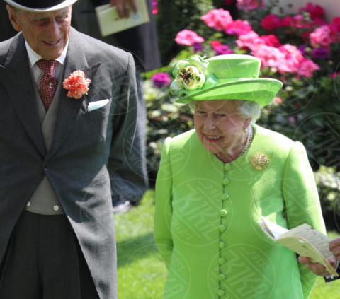 Regina Elisabetta II - Londra - 20-06-2017 - Royal Ascot 2017: Kate Middleton, look che vince non si cambia!
