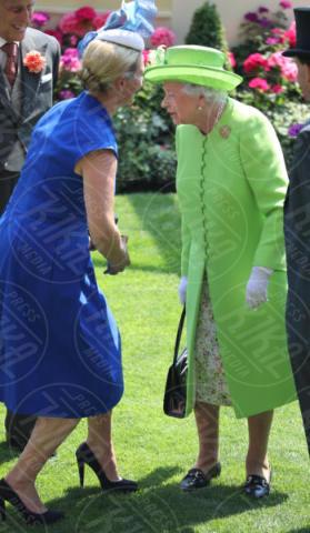 Zara Philips, Regina Elisabetta II - Londra - 20-06-2017 - Royal Ascot 2017: Kate Middleton, look che vince non si cambia!