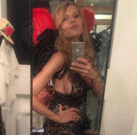 Rita Rusic - Milano - Liz Hurley, 52 anni e un fisico da sballo, come tante colleghe