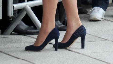 Kate Middleton - 12-02-2015 - Vita da Kate Middleton? Provate a mettervi nelle sue scarpe!
