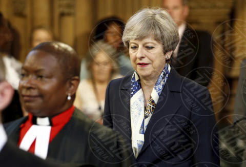 Theresa May - Londra - 21-06-2017 - Elisabetta II ha l'Europa in testa all'apertura del Parlamento?
