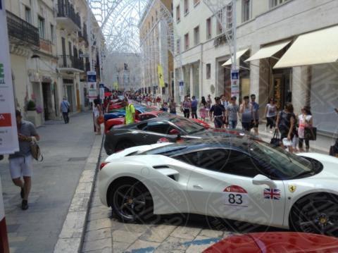 Spettacolo in viaggio, Ferrari - Matera - 110 Ferrari esposte a Matera per celebrare le bellezze del Sud