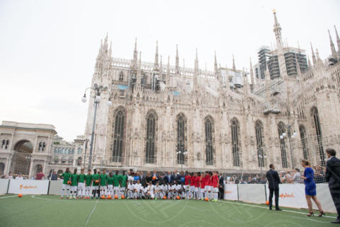 Regina Maxima d'Olanda, Atmosphere - Milano - 22-06-2017 - La Milano di Maxima d'Olanda: calcio, Cinquecento e mozzarella!