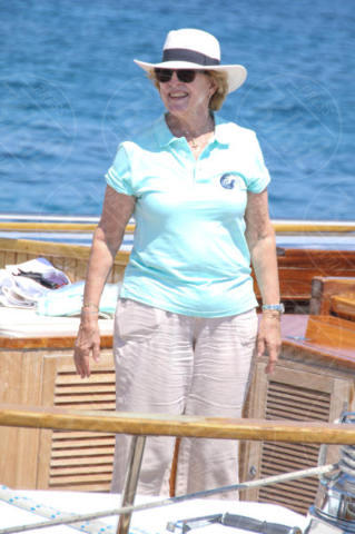Queen Anne-Marie of Greece - Spetses - 26-06-2017 - I reali greci si dilettano come skipper