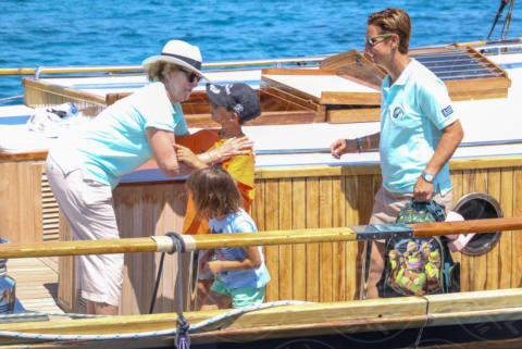 Sofia Bekatorou, Queen Anne-Marie of Greece - Spetses - 26-06-2017 - I reali greci si dilettano come skipper