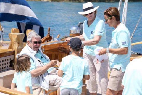 Constantine II of Greece, Sofia Bekatorou, Queen Anne-Marie of Greece - Spetses - 26-06-2017 - I reali greci si dilettano come skipper