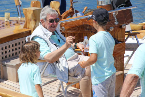 Constantine II of Greece - Spetses - 26-06-2017 - I reali greci si dilettano come skipper