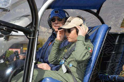 Francesco Comensoli, Oscar Gatelli - Brescia - Oscar, 12 anni, è il pilota di elicotteri più giovane al mondo