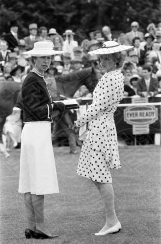 04-06-1986 - Kate Middleton e Lady Diana, lo stile è lo stesso