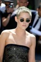 Kristen Stewart - Parigi - 04-07-2017 - Kristen Stewart finisce nella rete degli hacker
