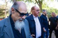Roberto D'Agostino, Renzo Arbore - Roma - 05-07-2017 - L'ultimo saluto a Fantozzi: funerale laico alla Casa del Cinema
