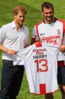 Loughlin, Sean O&#39, Principe Harry - Leeds - 06-07-2017 - Il principe Harry spiega come entrare duro a rugby!