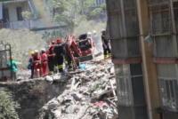 Crollo palazzo Torre Annunziata - Napoli - 07-07-2017 - Crolla palazzo nel Napoletano. Due morti estratti dalle macerie