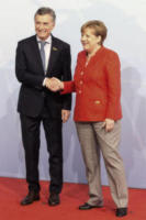 Mauricio Macri, Angela Merkel - Amburgo - 07-07-2017 - G20 di Amburgo: centinaia di civili e agenti feriti. Le foto