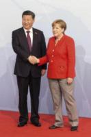 Xi Jinping, Angela Merkel - Amburgo - 07-07-2017 - G20 di Amburgo: centinaia di civili e agenti feriti. Le foto