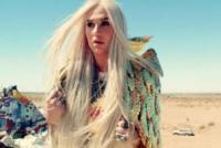 Kesha - Los Angeles - Dalla caduta alla rinascita: Kesha ritorna con il singolo Prayng
