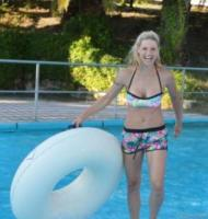 Michelle Hunziker - Riccione - 05-07-2017 - Michelle Hunziker si riscopre ragazzina all'Aquafan