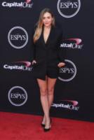 Elizabeth Olsen - Los Angeles - 12-07-2017 - Lindsey Vonn, piume e trasparenze agli ESPY Awards
