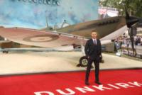 Tom Hardy - Londra - 13-07-2017 - Tom Hardy: la prima foto dal set nei panni di Al Capone
