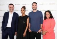 Adam Braun, Sonal Shah, Alexandre Ricard, Halle Berry - Los Angeles - 14-07-2017 - 51 anni il prossimo agosto: il suo è un fascino senza tempo